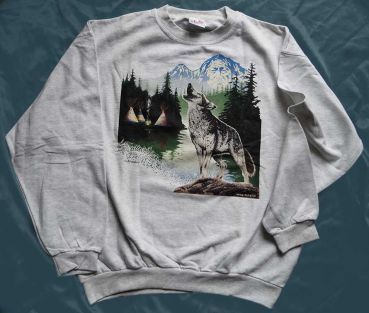 Motiv Wolf in Landschaft Sweatshirt